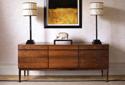 03 - AR_Oakw ood-Court_Sitting-Room_Dresser_RT_478x326px_WEB